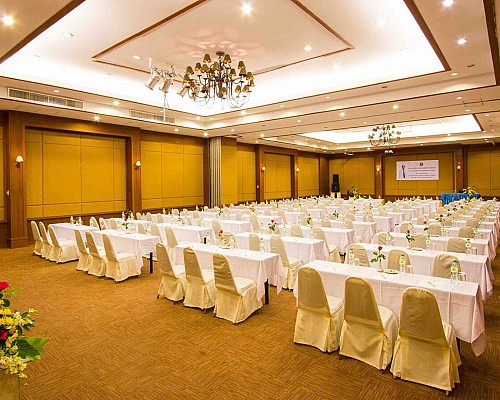 Banqueting & Conference